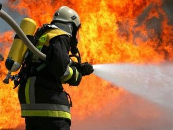 У Локачах вночі гасили пожежу