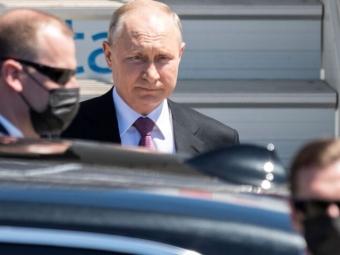 Путін затвердив стратегію нацбезпеки, в якій обіцяють зміцнювати «братні зв'язки» з українцями