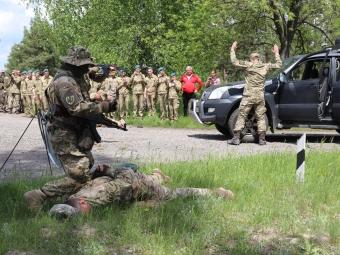 На військовому стрільбищі Володимира відбувся обласний стрілецький день