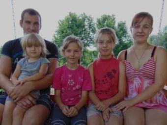 На Волині матір з донькою вийшли заміж за двох братів