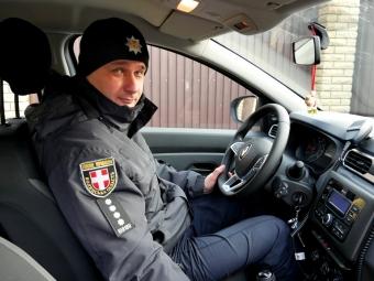 За сільськими територіями Володимир-Волинської громади вже слідкує поліцейський офіцер на новому авто