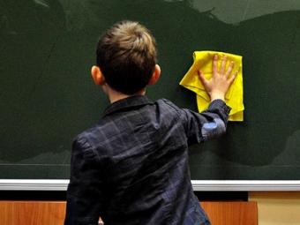 Завтра у Володимирі-Волинському відновлюють роботу школи та садочки