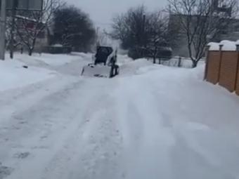 Пальонка розповів, як у Володимир-Волинській громаді справляються з чищенням доріг від снігу та льоду