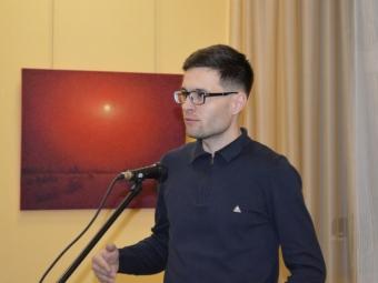 Художник з Володимира у Ковелі презентував виставку картин