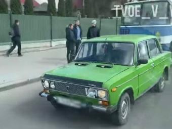 У Володимирі зіткнулися автобус та легковик