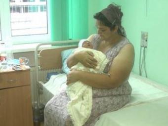 На Хмельниччині жінка народила 18 дитину