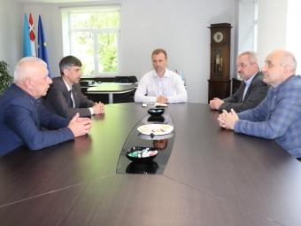 Голови громад Володимир-Волинського району обговорили функціонування спільних установ