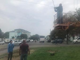 У Володимирі полагодили зелену стрілку світлофора на центральному перехресті