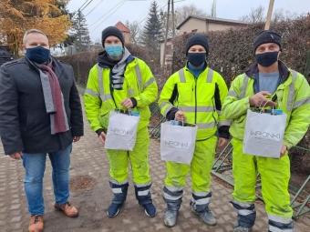У Польщі троє будівельників з України врятували дитину від смерті