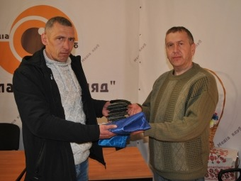 Володимир-Волинському історичному музею передали прапори і шеврони з АТО