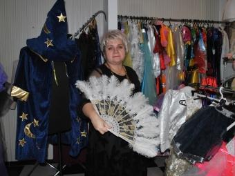 Великий вибір новорічних костюмів напрокат пропонує ательє «Мережка»