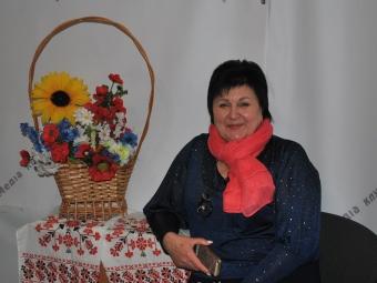 Як пенсіонерам знову отримувати пенсію в Укрпошті, а не у банку?
