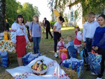 На Дні села в Кисилині відбувся благодійний ярмарок