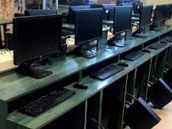 Для ліцею у Локачах придбали комп'ютерне обладнання