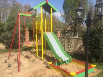 Маньків: придбають елементи для дитячого майданчика
