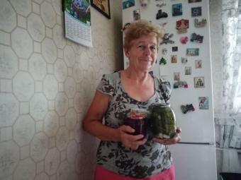 Заморожують чи консервують. Володимирчанки поділилися секретами зберігання овочів та фруктів