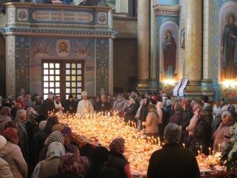 Розклад Ведикодніх богослужінь у храмах міста