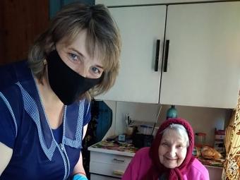Людмила Бобін з підопічною Ганною Морозовою.